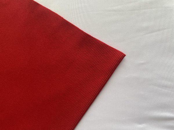 RIBB raudonas