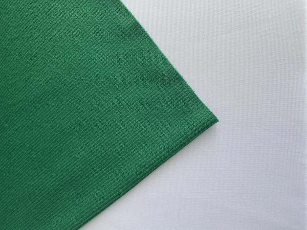 RIBB sodriai žalias