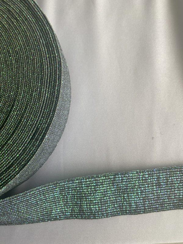 3 cm pločio su smaragdo imitacija Guma